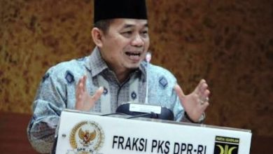 Photo of PKS Akan Usulkan Lagi TAP MPRS Larangan PKI Masuk dalam Konsideran RUU HIP