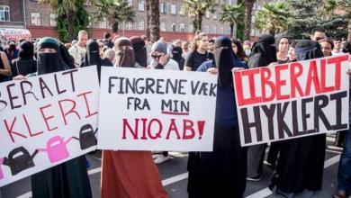 Photo of Ribuan Warga di Denmark Turun ke Jalan Tolak Aturan Pelarangan Cadar
