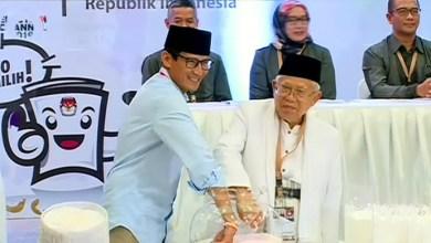 Photo of Sandi Kritik Pembangunan Infrastruktur yang tak Merata, Ma'ruf Amin: Nggak Sim Salabim
