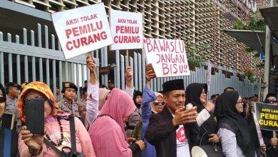 Photo of Carut Marut Pemilu, Bukti  Sistem Demokrasi Gagal