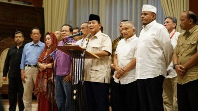 Photo of Prabowo: Pernyataan Hendropriyono Rasis dan Adudomba
