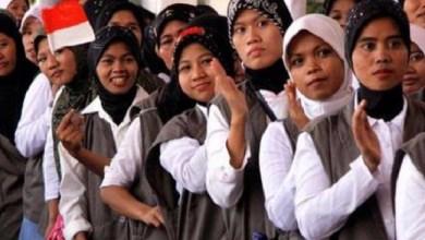 Photo of Soal Penempatan Pekerja Migran, KOMIK Curiga Ada Kongkalikong antara Asosiasi dengan Kemnaker