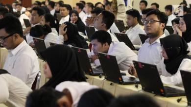 Photo of Fraksi PPP Dukung Larangan LGBT Daftar CPNS