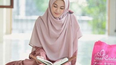 Photo of Wahai Muslimah, Beginilah Kriteria Jilbab yang Benar