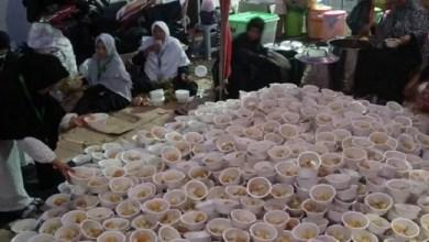 Photo of Ribuan Porsi Lontong Sayur dan Nasi Kebuli Tersedia untuk Peserta Reuni Akbar 212