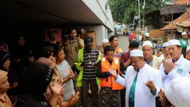 Photo of HRS Instruksikan FPI Bantu Korban Banjir