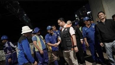 Photo of PUPR Ungkap 44 Tanggul Jabodetabek Jebol, Gubernur Anies: Di Jakarta Hanya Retak