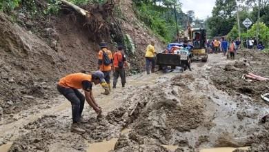 Photo of Relawan WMI Tembus Desa Terdampak Banjir Terisolir di Bogor