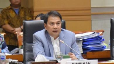 Photo of UU Cilaka Tabrak Konstitusi, DPR: PP Tidak Bisa Ubah UU