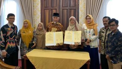 Photo of Kembangkan Ekonomi Syariah, Pemkot Padang Jalin Kerjasama dengan Institut Tazkia