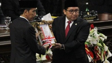 Photo of Surat Terbuka Fadli Zon untuk Presiden Jokowi: Menunda Lockdown, Memperbanyak Korban