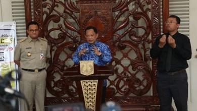 Photo of Datangi Balai Kota, Mendagri Apresiasi Langkah Gubernur Anies Tangani Corona