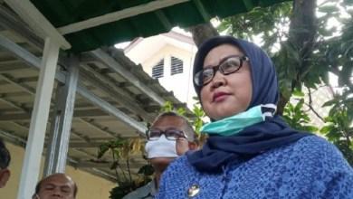 Photo of Bupati Bogor Sebut Pasien COVID-19 di Daerahnya Tertular di KRL