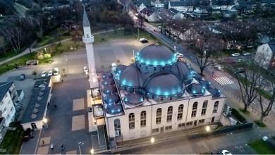 Photo of Wabah COVID-19, Ratusan Masjid di Jerman dan Belanda Kumandangkan Azan