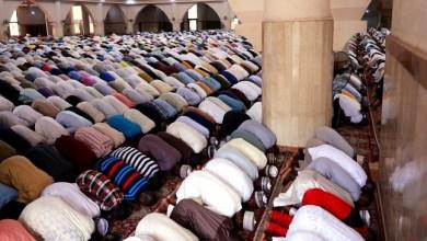Photo of Pemprov Jatim Bolehkan Shalat Idulfitri di Masjid dengan Syarat-syarat