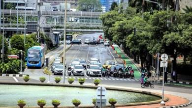 Photo of Pemerintah Akan Buka Seluruh Moda Transportasi Mulai Kamis 7 Mei 2020