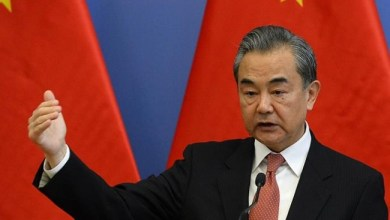 Photo of Menlu China Tuduh AS Sebarkan Konspirasi dan Kebohongan tentang COVID-19