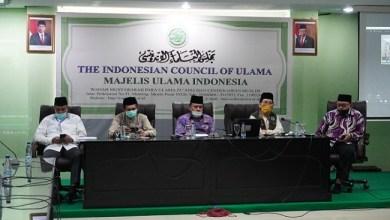 Photo of MUI Pusat Tetapkan Shalat Jumat Bergelombang Tidak Sah, MUI DKI: Sami'na wa Atho'na