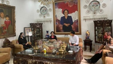 Photo of Temui Megawati, Gibran: Nganter Oleh-oleh