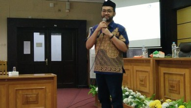 Photo of Hendro Wicaksono, Profesor Muda Asal Indonesia Jadi Dosen Terbaik di Universitas Jerman