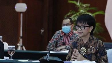 Photo of Indonesia Kecam Pembakaran Al-Qur'an dan Penerbitan Ulang Kartun Nabi Muhammad Saw