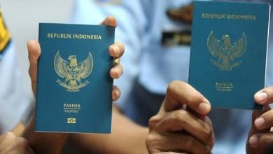 Photo of Peringkat ke-49 di Dunia, Kesaktian Paspor Indonesia Setara dengan Suriname