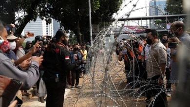 Photo of Fahri Hamzah Sebut Omnibus Law UU Ciptaker Diadopsi dari Kapitalisme Baru Ala China