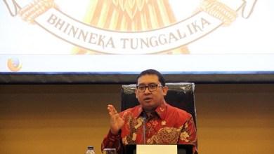 Photo of Megawati Sebut Jakarta Amburadul, Fadli Zon: yang Amburadul Indonesia