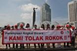 Aksi Warga Jakarta saat Peringati Hari Tanpa Tembakau (foto : Media Indonesia)
