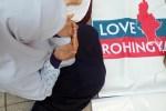 Mahasiswa UNJ Gelar Aksi Peduli Rohingya Di Depan Istana Negara