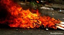 014 Aksi Damai Front Pembela Islam diwarnai bentrokan dengan aparat keamanan | Foto: Aljon Ali Sagara