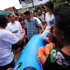 Jokowi Banjir Tebet - SuaraJakarta (2)