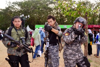 Cosplay tentara di Festival Jak-Japan Matsuri 2012