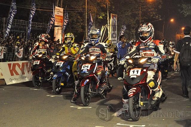 suara-jakarta-Balapan-malam-YCR-Bandung-2011