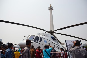 Helikopter MI-17 V5 ikut memeriahkan Pameran Alutsista HUT TNI Ke-68. (Foto: Fajrul Islam)