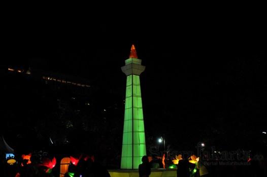 Miniatur Monas di Jakarta Lantern Festival 2014 di Lapangan Banten, Jakarta Pusat. (Foto: Fajrul Islam/SuaraJakarta)