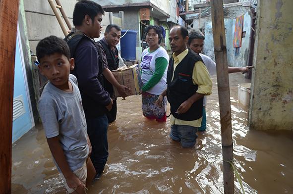 Kadin Jakarta Pusat Peduli Korban Banjir