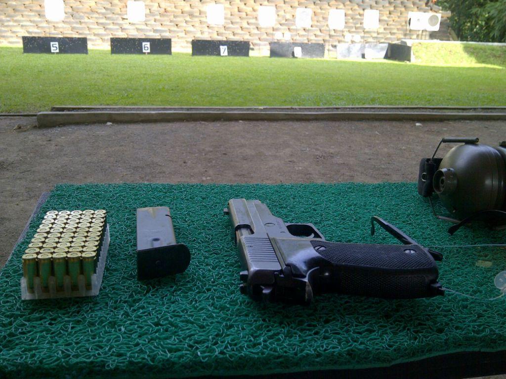 lapangan tembak Ksatrian, kompleks Kopassus, Cijantung