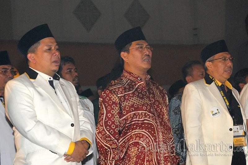 Ketua Dewan Kehormatan Penyelenggara Pemilu (DKPP) Jimly Asshiddiqie (Tengah). (Foto: Fajrul Islam/SuaraJakarta)