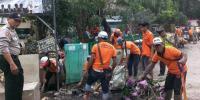 RT/RW di Kebon Kosong Harus Giat Terlibat Bersihkan Lingkungan Kotor