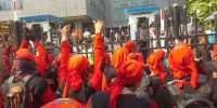 Ditolak Ahok, Massa Buruh Lebih Percaya Sampaikan Aspirasi ke DPRD