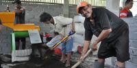 Keren, Petani Di Desa Ini Mampu Produksi 1 Ton Pupuk Secara Mandiri