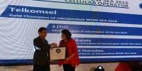 Telkomsel Raih WOW Service Excellence Award 2016