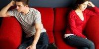Tak Tahu Cara Marah Yang Efektif, Suami Istri Ini Cerai Gara-gara Salah Menempatkan Sepatu