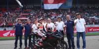 Marc Marquez Rayakan Kemenangan MotoGP 2016 Bersama Ribuan Fans di Indonesia
