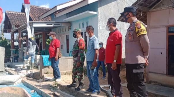 Desa Jati Mulyo Realisasikan DD 2021 Bangun Rabat Beton