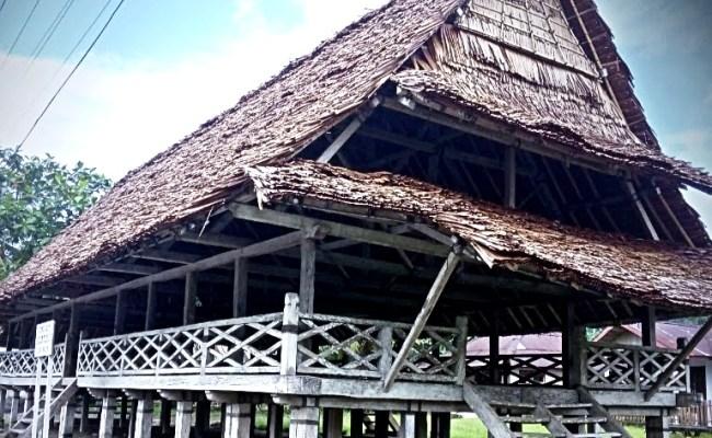 Baileo Identitas Adat Maluku Tengah Musyawarah Dan Benda Pusaka Cute766