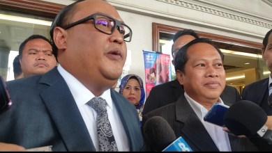 Photo of Kadir Jasin balas pantun Ahmad Maslan
