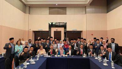 Photo of Sah DAP, PKR dan Amanah pilih Anwar sebagai PM8