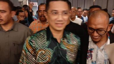 Photo of Kesemua ahli parlimen hadir jamuan makan malam Azmin nyata sokongan kepada Tun M
